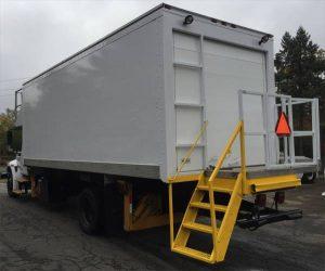 cabin_service_truck_international_navistar_4300_2003d
